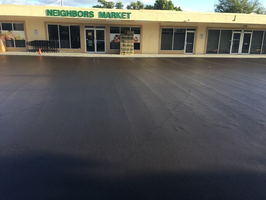 seal coating parking lots West Palm Beach