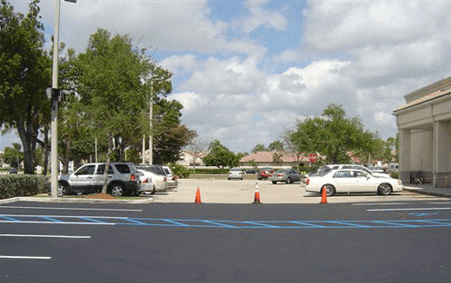 West Palm Beach parking lot and driveway seal coating and striping
